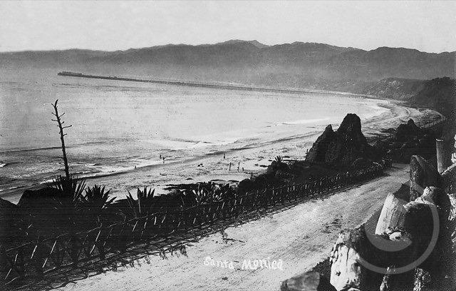 SantaMonicaPortLosAngeles1913.jpg