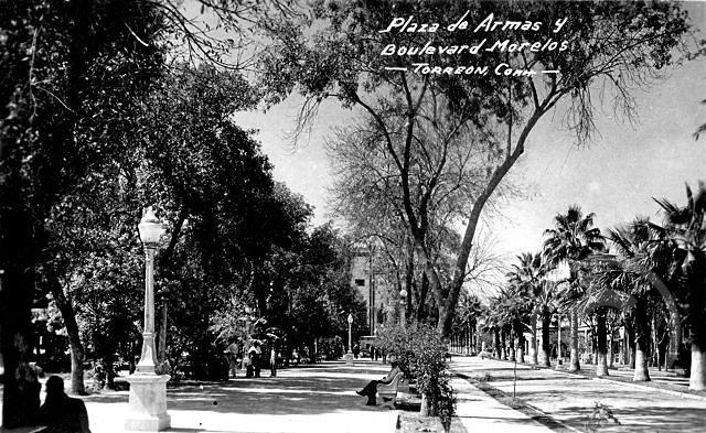 TorreonMexPlazadeArmas.jpg